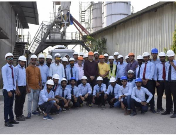 Students of Anand Engineering college learnt Coastal Construction technique in Goa