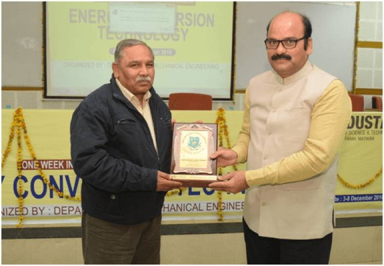 Guest Lecture by Shri Bharat Bhushan on New Sources of Energy @ HCST