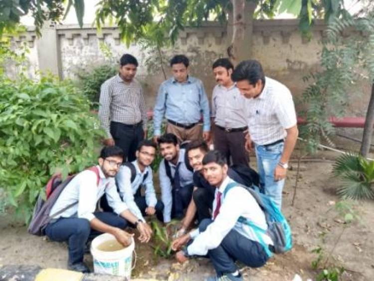 Anand Engg. College Celebrate's  Birthday of Dr. APJ Abdul Kalam as Plantation the seedling in Campus